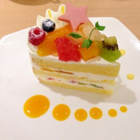 yashiroさん フルーツたっぷりショートケーキ
