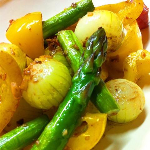野菜の甘さを楽しむアンチョビ炒め